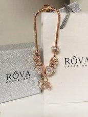 Bracciale con charms oro rosa