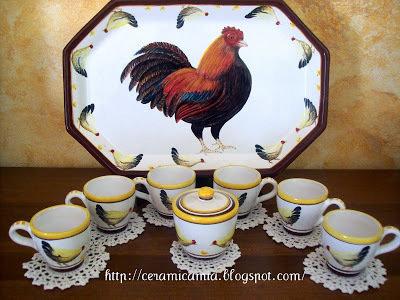 Servizio da caffe' in ceramica dipinto a mano