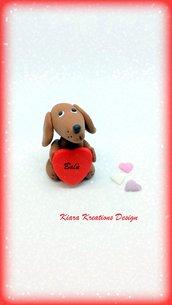 Decorazione con cane bassotto con cuore personalizzato con il nome, idea regalo per san valentino per amanti dei cani