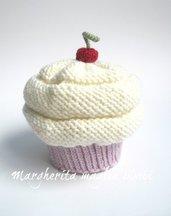Cappello cupcake fragola/panna - berretto bambina/neonata - lana merino - fatto a mano