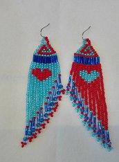 Orecchini frangia lunghi pendenti con perline color azzurro e rosso fatti a mano