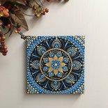 Quadretto mandala. Mandala su tela dipinto a mano con la tecnica del puntinismo. Mandala fiore