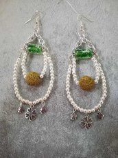 Orecchini pendenti dinna pietra lavica perle cerate vetro di murano verde ciondoli argento tibetano