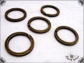 Anelli portachiavi a filo piatto in acciaio, colore ottone invecchiato, 5 pezzi