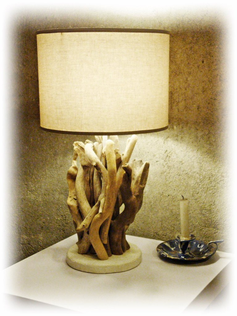 LARA lampada con legni di mare, bois flotté, driftwood, treibholz,madera de mar