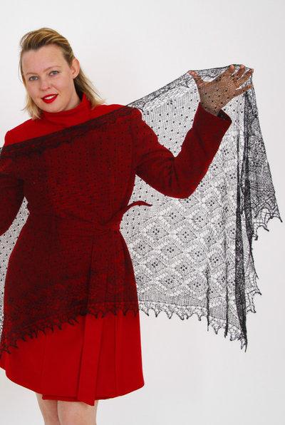 mantellina di lana, stola lana, mantello di lana, elegante, nero, velo di lana ultra sottile, scialle, scielle di lana, scialle caldo, aggiornato, mantellina, lana di capra, colore nero, sciarpa, un regalo per lei