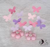 Complementi decorativi cake topper fiore con pioggia di farfalle