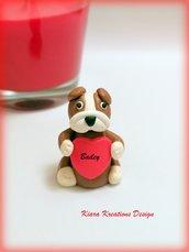 Scultura bulldog inglese, decorazione cane bulldog con cuore personalizzato con il nome, idea regalo per san valentino per amanti dei cani