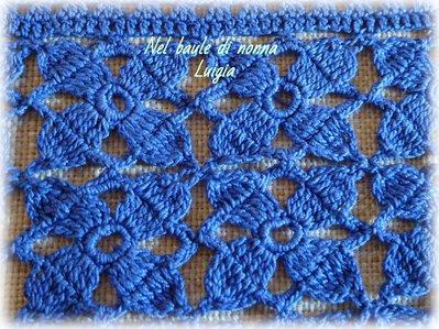 Coppia Di Centrini Vintage Alluncinetto Rettangolari Blu Per La