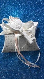 Bomboniera scatolina cuore con applicazione chiave comunione gesso ceramico