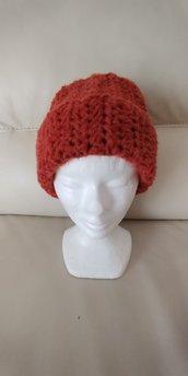 Cappello di lana  color mattone- caldo e morbido realizzato a uncinetto a mezza maglia alta