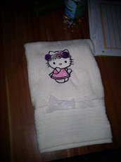 asciugamano  hello kitty