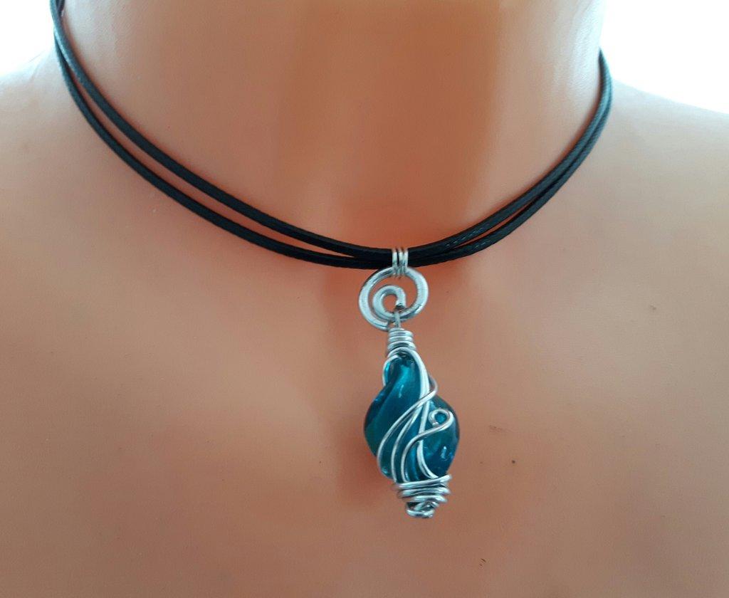 Collana artigianale in Caucciu' con pendente turchese - WKN01