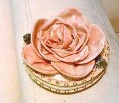 Portamonete con rosa