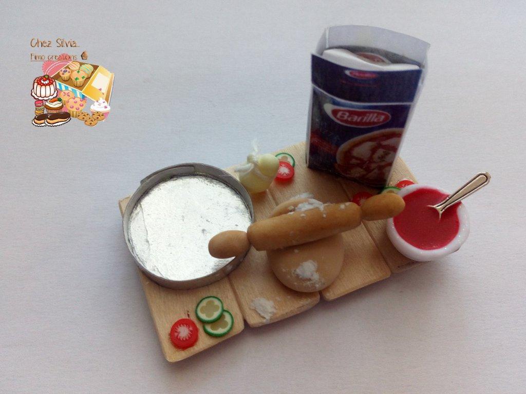 "Calamita ""Making pizza!"" 🍕😋"