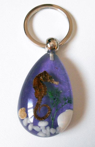 Portachiavi cavalluccio marino conchiglie - viola