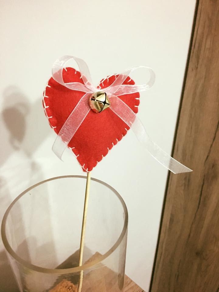 decorazione cuore con campanella