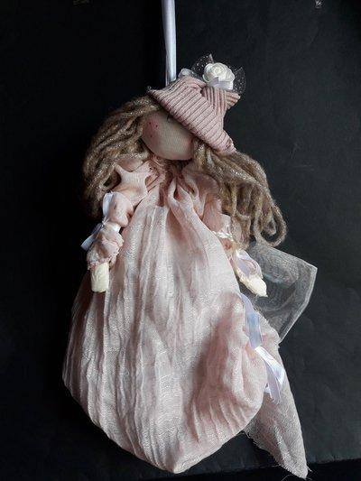Amy bambola rosa