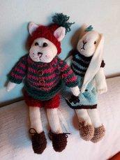 Pupazzi di lana, lavorati a maglia