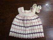 Completo vestito  e scarpette. Lana bianco, rosa, viola