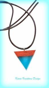 Ciondolo in resina e legno per l'estate, gioielli estivi, ciondolo mare, collana estiva, ciondolo a triangolo, gioielli resina e legno, natura