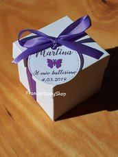 10 Scatoline bomboniere battesimo,bomboniere nascita,bimbo,bimba,targhette personalizzate,farfalla,bianco e lilla,compleanno bimba farfalle,scatoline bianche portaconfetti,segnaposto
