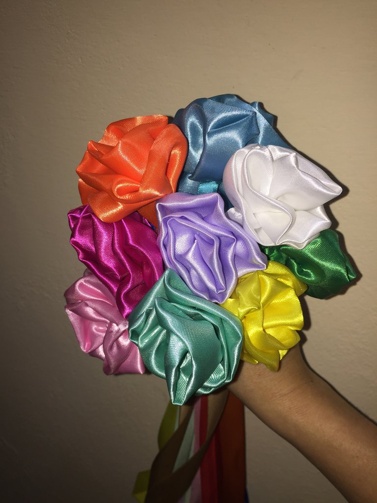 Bouquet in raso
