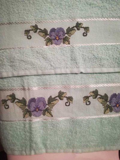 asciugamani con viole