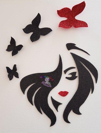 quadro in gomma crepla su tela viso di donna con farfalle