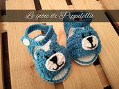 Scarpette sandalino crochet orsetto azzurro , idea regalo baby.