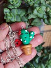 Collana con cactus in fimo, ciondolo cactus personalizzato con l'iniziale, gioielli succulente, gioielli per l'estate, regalo compleanno
