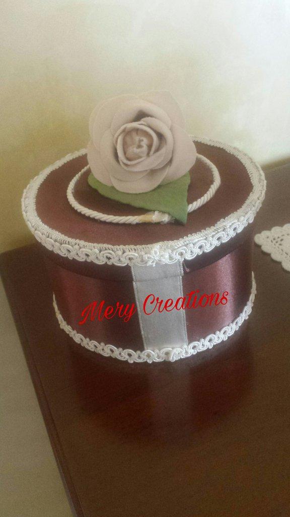 Scatola porta gioie, rose, floreale, idea regalo