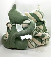 Gatti fermaporta Mia&Mao fatti a mano in cotone verde