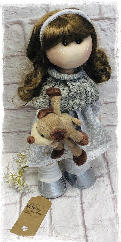 Abigail 25 cm