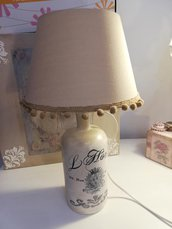 Lampada Shabby chic con bottiglia di vetro