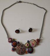 Collana etnica con cabochon colorati e orecchini abbinati