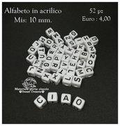 Lotto 52 lettere alfabeto cubi in resina 10 mm.