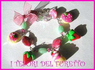 Bracciale PASTICCINI E FRAGOLE fimo cernit idea regalo san valentino dolcetti ROSA