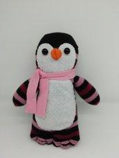 Pinguino in tessuto