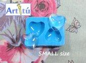 Stampo in silicone LUCIDO cabochon cuore 1,6cm x 1,6cm per gioielli, per colata in resina trasparente, gesso, collane orecchini bracciali