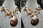 Collana conchiglie scaglie madreperla bianca perle di fiume grigio iris agata argento tibetano