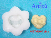 Stampo in silicone alimentare cuore con fiocco MEDIUM, stampo per cioccolato, decorazioni cake design, ghiaccio, caramelle, biscotti