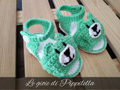Sandalini baby orsetto in cotone verde, idea regalo.