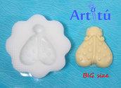 Stampo per alimenti coccinella con corpo a cuore, stampo alimentare per cioccolato, biscotti, pasta di zucchero, ecc