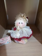 bambola profumata con fiori