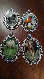 Ciondoli cabochon cavalli