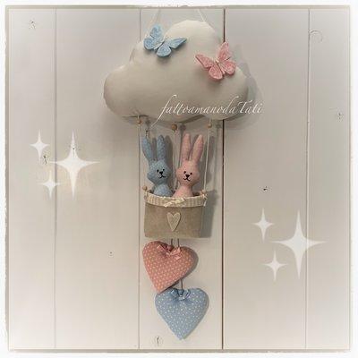 Fiocco nascita nuvoletta/mongolfiera per gemelli con cuori e coniglietti rosa e azzurri