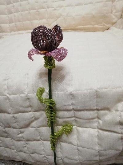 iris di perline,fiori di perline,composizioni floreali