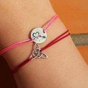 Bracciale di corda con pendente charm in argento Freccia di Cupido, fatto a mano