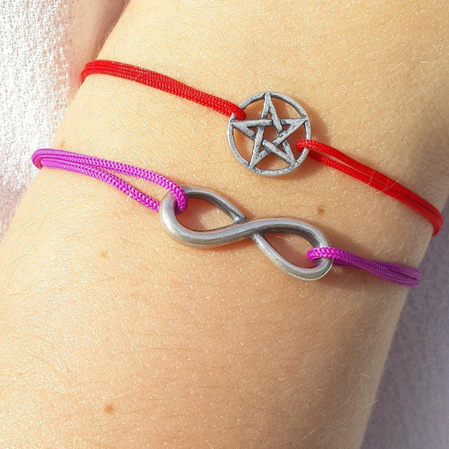 Bracciale di corda con pendente charm in argento Pentagramma, fatto a mano